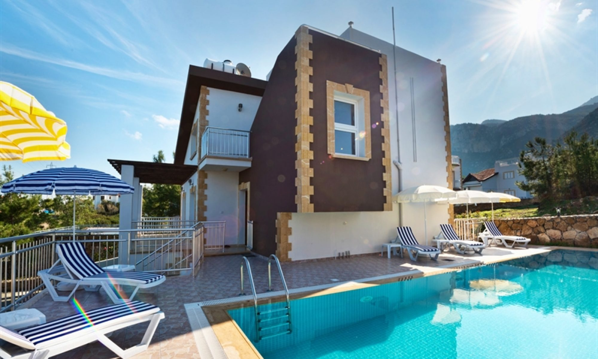Kıbrıs'ta Yazlık Villa Kiralama